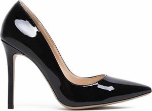 Czarne szpilki Vices na wysokim obcasie w stylu glamour ze spiczastym noskiem