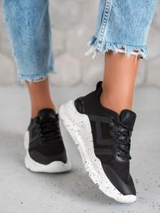 Sneakersy Czasnabuty sznurowane z płaską podeszwą