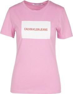 Różowy t-shirt Calvin Klein z bawełny