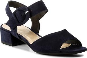 Czarne sandały gabor ze skóry z klamrami