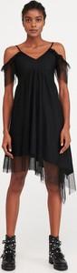 Czarna sukienka Reserved asymetryczna