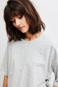 Bluza moodo.pl w młodzieżowym stylu krótka