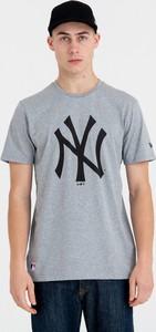 T-shirt New Era z nadrukiem z krótkim rękawem