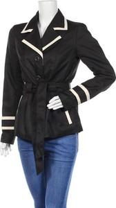 Czarny płaszcz Vero Moda w stylu casual