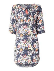 Sukienka Esprit z długim rękawem midi w stylu casual
