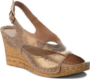 Brązowe sandały Lasocki z klamrami w stylu casual na wysokim obcasie