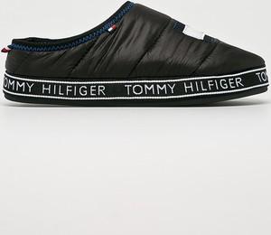 Czarne kapcie Tommy Hilfiger