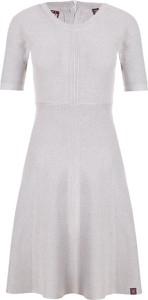 Sukienka Superdry z krótkim rękawem