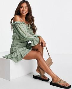 Zielona sukienka Asos mini z długim rękawem w stylu casual