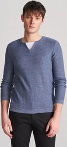 Niebieski sweter Reserved z bawełny