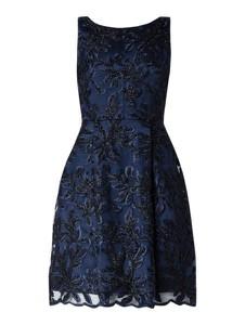 Granatowa sukienka Swing mini rozkloszowana bez rękawów