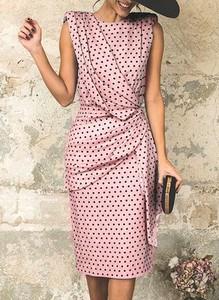 Różowa sukienka Cikelly z okrągłym dekoltem midi