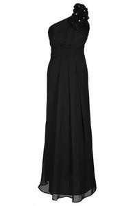 Czarna sukienka Fokus z szyfonu z asymetrycznym dekoltem
