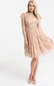 Sukienka Butik Ecru mini z krótkim rękawem