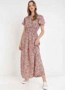 Różowa sukienka born2be maxi z krótkim rękawem