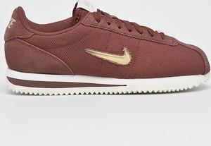 Bordowe buty sportowe Nike sznurowane z płaską podeszwą