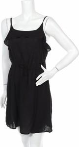 Czarna sukienka Esmara