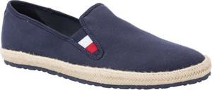Niebieskie buty letnie męskie Tommy Hilfiger w stylu retro