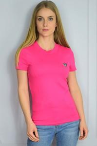 Różowy t-shirt Guess z bawełny