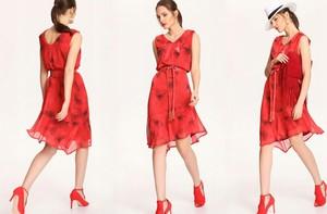 Sukienka Top Secret z dekoltem w kształcie litery v w stylu casual
