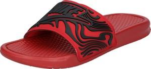 Czerwone buty letnie męskie Nike Sportswear