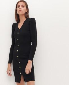 Czarna sukienka Reserved z dekoltem w kształcie litery v mini z długim rękawem