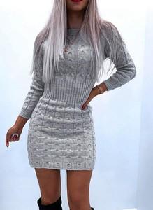 Sukienka Cikelly mini z długim rękawem dopasowana