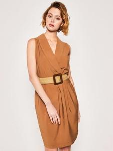Sukienka Silvian Heach bez rękawów w stylu casual kopertowa