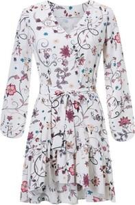 Sukienka Ivon mini wyszczuplająca z długim rękawem