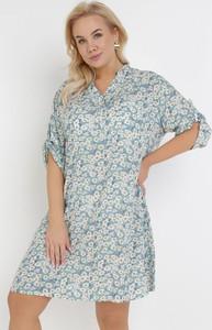 Niebieska sukienka born2be mini z dekoltem w kształcie litery v w stylu casual