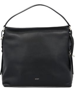 Czarna torebka DKNY średnia ze skóry matowa