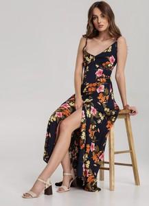 Granatowa sukienka Renee z dekoltem w kształcie litery v na ramiączkach maxi