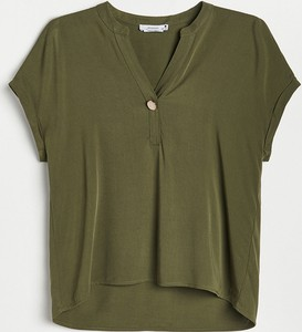 Zielona bluzka Reserved z dekoltem w kształcie litery v w stylu casual