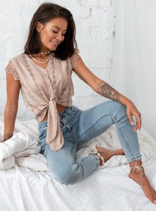 Bluzka SELFIEROOM w stylu casual z krótkim rękawem