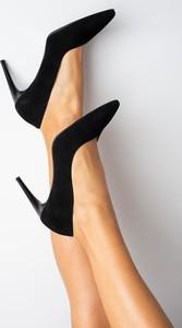Czarne szpilki Kati ze spiczastym noskiem w stylu klasycznym ze skóry