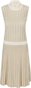 Sukienka Emporio Armani z golfem bez rękawów prosta