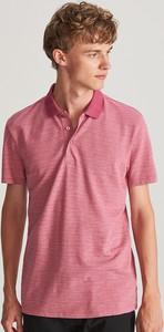 Różowa koszulka polo Reserved z krótkim rękawem