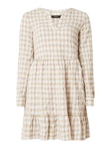 Sukienka Vero Moda w stylu casual mini z dekoltem w kształcie litery v