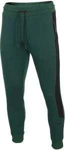 Spodnie sportowe 4F z dresówki w sportowym stylu