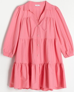 Różowa sukienka Reserved z długim rękawem z dekoltem w kształcie litery v w stylu casual