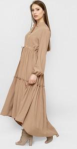 Sukienka Freeshion z długim rękawem z dekoltem w kształcie litery v