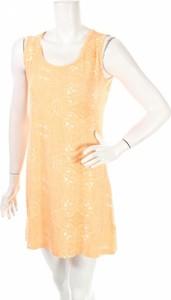 Pomarańczowa sukienka Noelle z okrągłym dekoltem