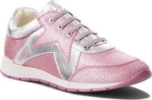 Różowe buty sportowe Guess sznurowane