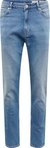 Niebieskie jeansy Review w stylu casual