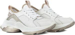 Sneakersy Swiat Obuwia sznurowane na platformie
