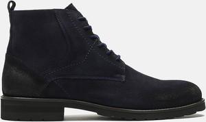 Czarne buty zimowe Kazar sznurowane z zamszu