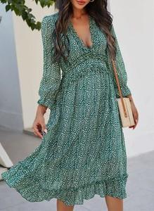 Zielona sukienka Sandbella z długim rękawem w stylu boho