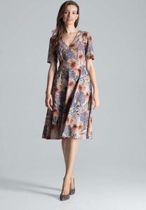 Sukienka Figl midi rozkloszowana z dekoltem w kształcie litery v