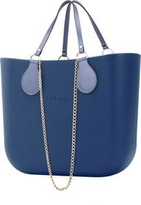 Torebka O Bag w wakacyjnym stylu z breloczkiem