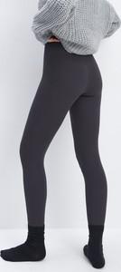 Czarne legginsy Mohito z bawełny